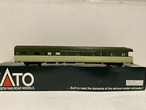 Ho Scale Kato Northern Pacific NP Corrugated Business Car