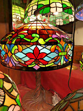 Stained Glass Lamp, Table Lamp, Tiffany style stained glass