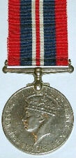 WW2 1939-45 WAR MEDAL, 100% GENUINE FULL SIZE, WITH FREE UK POSTAGE