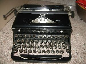 Vintage 1930's Royal Portable Touch Control Model O Vintage Typewriter