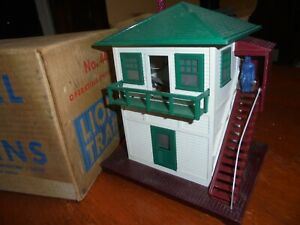 VINTAGE LIONEL MODEL TRAIN # 445 OPERATING SWITCH TOWER