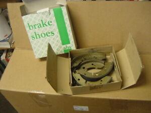 Front Brake Shoes MG Midget Austin Healey Sprite Bugeye 948 Morris Minor 803-948