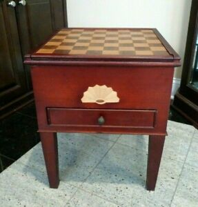 VINTAGE GAME END TABLE CABINET CHESS CHECKERS BACKGAMMON DRAWER STORAGE PIECES