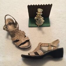 CLARK'S 10 W Bendables Beige Leather Strappy Slip On Sandals Womens 60527 NICE