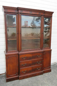Flame Mahogany Breakfront China Display Cabinet Cupboard by White 1682