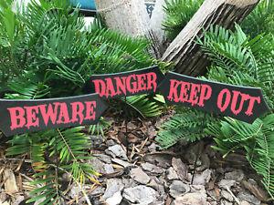 Halloween Yard Warning Signs Yard Stakes Outdoor Creepy Beware Danger Keep Out