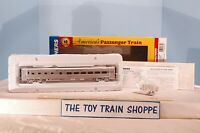 WALTHERS 932-9003 SANTA FE SUPER CHIEF P-S 36-SEAT DINER CAR. NEW IN BOX.