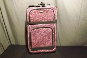 """Apt 9 Cabin luggage/Carry-on Bag 20""""/ soft shell / Front Pockets Purple/ Black"""