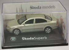 Abrex Skoda Superb Limo goldmetallic Modellauto PKW 1:72 OVP ST 9903-80-94