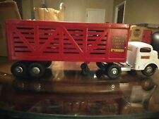 ^Vintage 60'S Structo Toys Red & White Pressed Steel Cattle Farm Truck