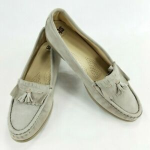 SAS Genuine Comfort Womens Slip On Loafer Suede Kiltie Shoes Sz 8.5 M