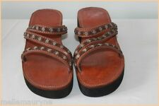 Sandales Cuir Marron et Perles Multicolores T 40 TTBE