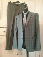 Mens NEXT 3 Piece Grey Check Wool blend Suit.-  42R Chest Trousers  34R Waist,