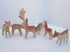 6 geschnitzte Rehe natur aus Holz Weihnachtsdeko Basteln Pyramiden Deko 70220
