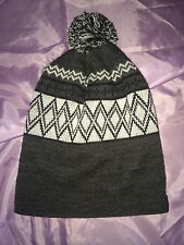 Empyre Unisex Grey/White Knit Beanie #C