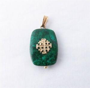 14k Yellow Gold Green Agate w/Black Veining Maltese Cross Overlay Pendant