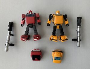 Transformers Netflix War For Cybertron Bumblebee and Earthrise Cliffjumper