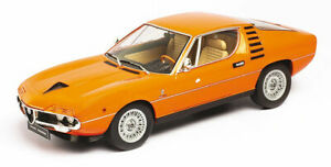 KK Scale KKDC180385 - Alfa Romeo Montreal 1970 orange (Interieur beige) 1/18