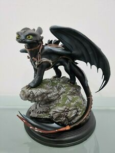 How to Train Your Dragon Toothless Statue Sideshow
