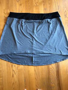 Womens Plus Full Beauty Sport Gray Black Skirt Size 30/32