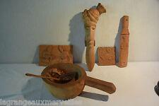 Ensemble d'objets en bois d'Inde