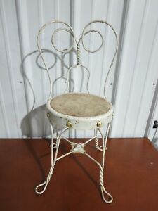 Vintage Small Child or Doll Metal Ice Cream Chair
