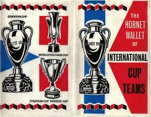 THE HORNET WALLET OF INTERNATIONAL CUP TEAMS C/W 12 CARDS