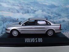 1/43   Minichamps  Volvo S80