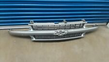 1999-2006 Suburban Tahoe Silverado Front Grill Grille Assembly Silver OEM