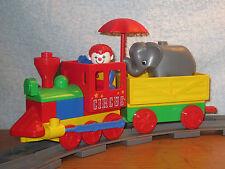 Lego Duplo Eisenbahn: schöner Zirkus Zug Lok mit Waggon und Zubehör