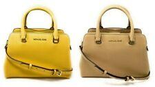 Pequeño bolso bolso Michael Kors Idina Saffiano de cuero