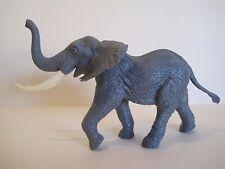 Britains plástico animales del zoológico: 1981 elefante africano de carga