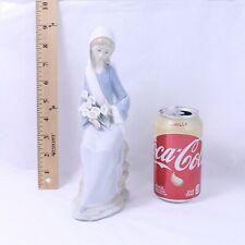 Lladro Girl Sitting w/ Lilies 4972 Porcelain Figurine Handmade Spain