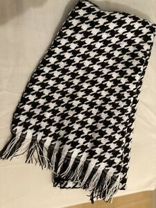 Dogtooth Houndstooth Scarf Black And White One Size