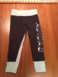 Adidas Trainingshose für Mädchen (track pants, girl), Größe (size) 11-12 Y