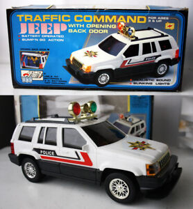 """RARE VINTAGE 80'S POLICE TRAFFIC COMMAND JEEP 13"""" B/O CAR CHINA NEW NOS !"""