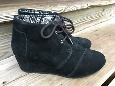 151106d125a3 Toms Womens Desert Wedge Black Suede Size 9 ankle Booties Boots