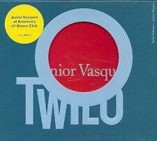 2 CDS COMPIL 20 TITRES ELECTRO--JUNIOR VASQUEZ AT AMERICA'S--TWILO VOLUME 1