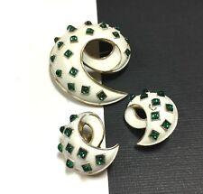 Vtg CROWN TRIFARI White Enamel & Green Glass CAB Brooch & Earring SET FF129zzzq