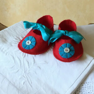 Multicolored Felt baby shoes