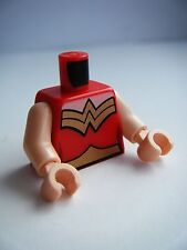 NEW LEGO DC WONDER WOMAN FEMALE MINIFIGURE RED TORSO X1 PART