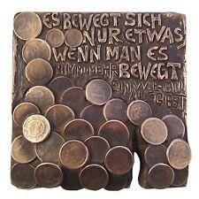 Bronze Relief Es bewegt sich nur etwas..... 15 cm * 15 cm
