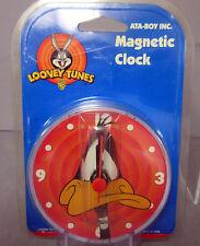 New Daffy Duck Magnetic Hanging Freestanding Looney Tunes Clock Magnet Clocks