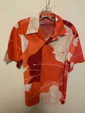 Malihini Size Medium Vintage Hawaiian Short Sleeve Floral Print Aloha Shirt