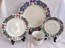 Royal Majestic HOLIDAY CHEER 4 Of Set Holly,bells Acorns Dinnerware