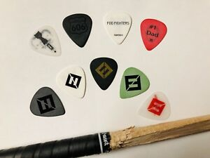 FOO FIGHTERS Concrete & Gold Guitar Pick Set + Drumstick + Bonus - Dave Grohl