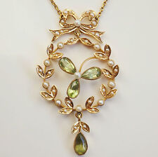 Charming Victorian 9ct Gold Peridot & Pearl set Shamrock Pendant Necklace c1900