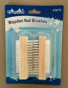 2  WOODEN-NAIL-BRUSH-FOR-MANICURE-PEDICURE-SCRUBBING-CLEANING-uk