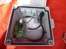 AC A DC alimentatore di modo Distribuzione CCTV TELECAMERA SICUREZZA IMPERMEABILE