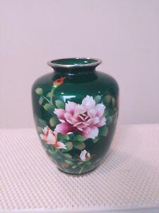 JAPANESE GREEN ENAMEL VASE WITH FLOWER DESIGN